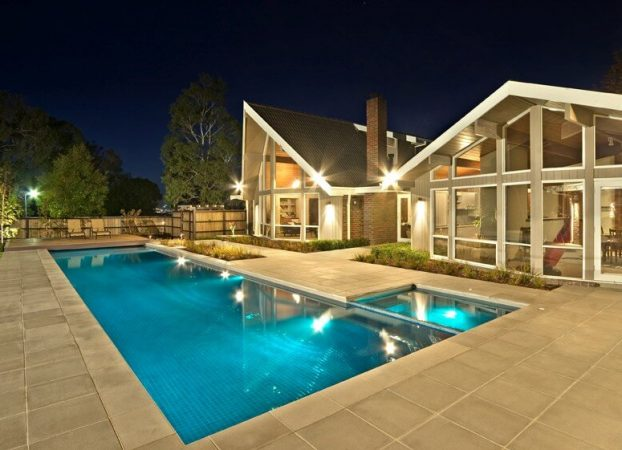 Innovative Pool Design